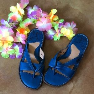 Bright blue Born sandals, size 7